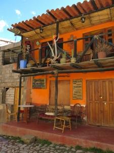 Quechua Bar Ollantaytambo, Peru
