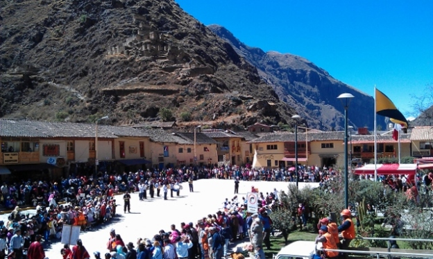 Peru's Independence Day Ollantaytambo, Cuzco Region