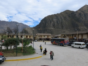 Bus arriving in Ollantaytambo