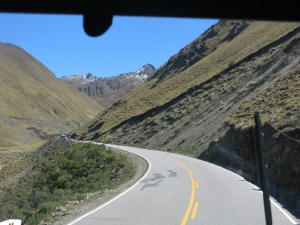 Leaving Ollantaytambo in the direction of the Jungle