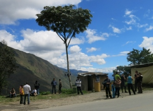 Taking a break along the road to Santa Maria - Peru