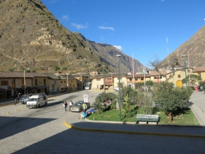 Evening in Ollantaytambo's Plaza De Armas